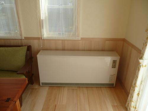 蓄熱電気暖房器